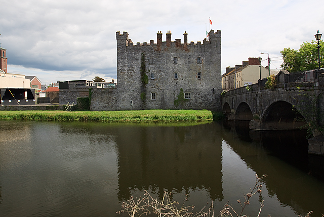 Castles of leinster athy kildare mike searle cc by sa for Kildare castle