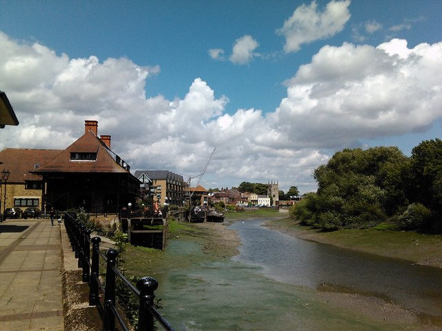 View of the Town Wharf pub from  Lion Wharf