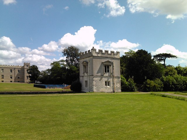 Syon House battlement, viewed from Syon Park #2