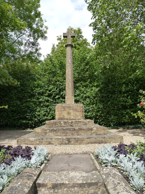 War Memorial - Preston Plucknett