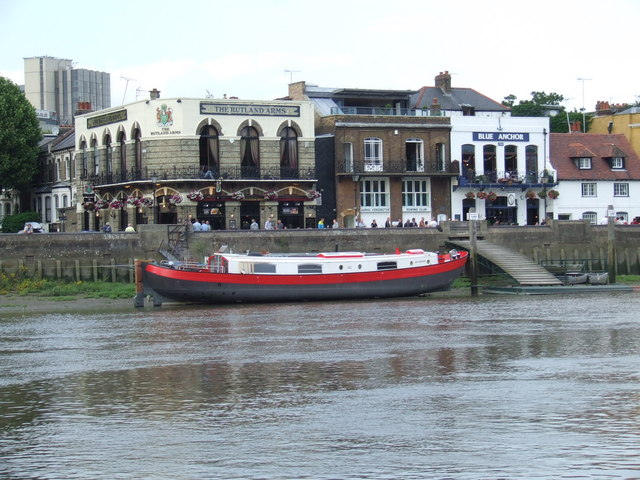 Pubs on the river bank, Hammersmith