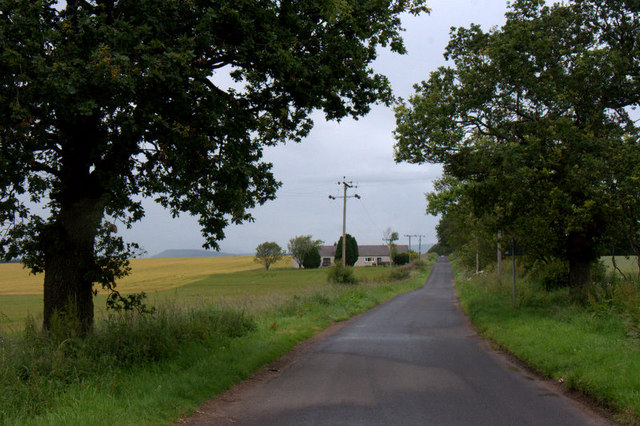 Road at Cookston, near Eassie