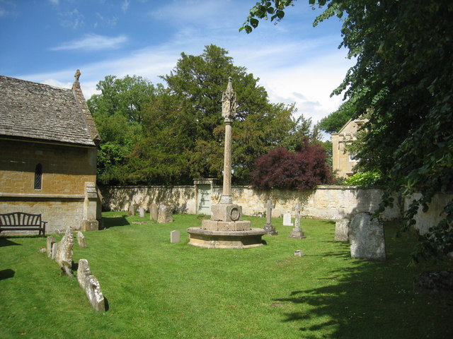 War Memorial Cross, Stanton