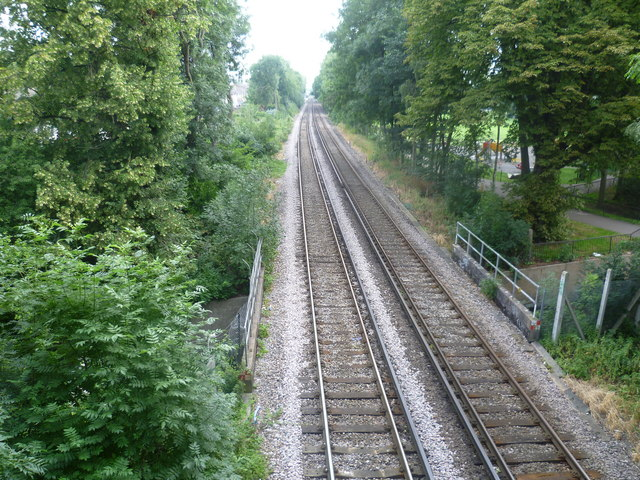 The Mid-Kent Line crosses the River Ravensbourne