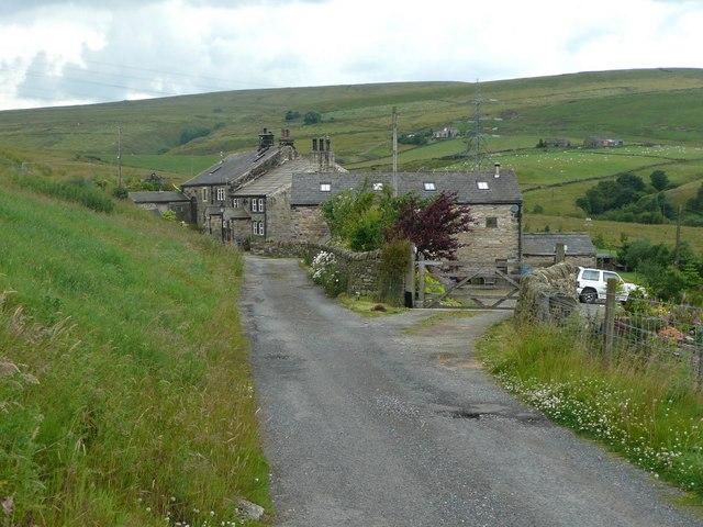 Approaching Inchfield, Walsden
