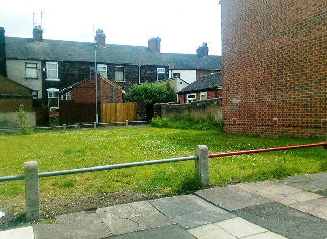 Open area, Fraser Street, Stoke-on-Trent