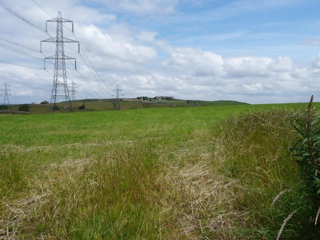 Pylons north of  Black Dyke Lane