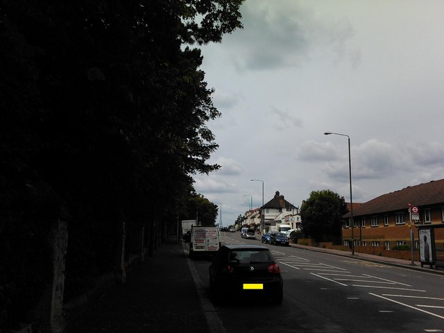 View of the Anerley TV transmission mast from Elmers End Road #2