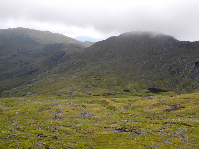 Stob coire na Cloiche from low on Ceathreamhnan north east ridge
