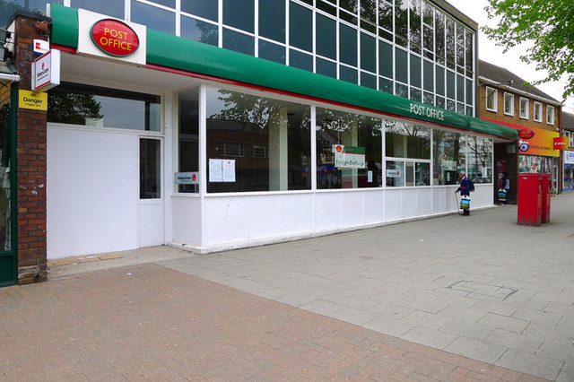 Bletchley Post Office, Queensway, Bletchley