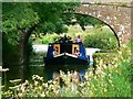 SU1962 : Barge under Bridge 110, Kennet and Avon Canal near Wootton Rivers : Week 28