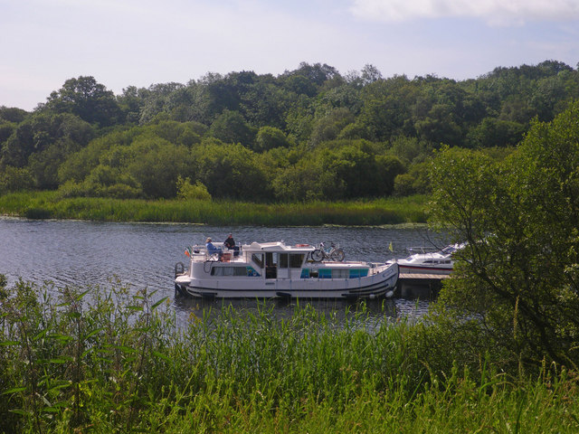 Pleasure boats docking at the Crom Estate visitor centre