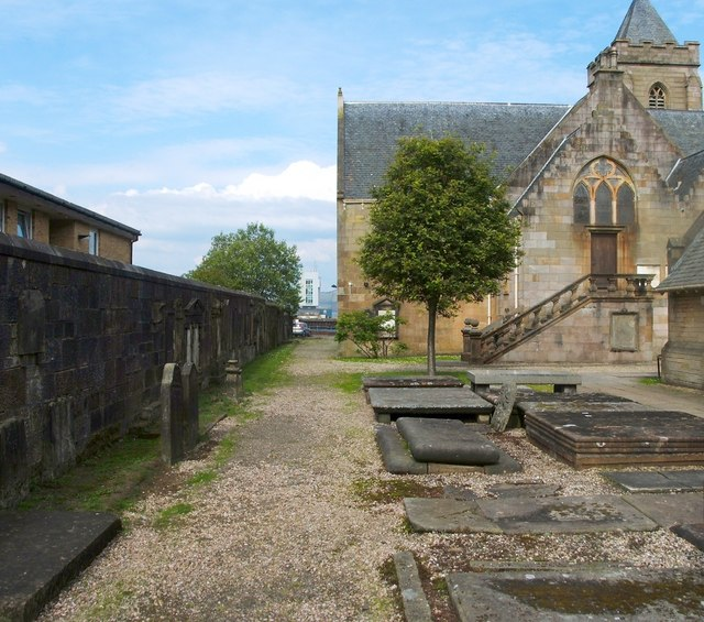 Behind the Old West Kirk