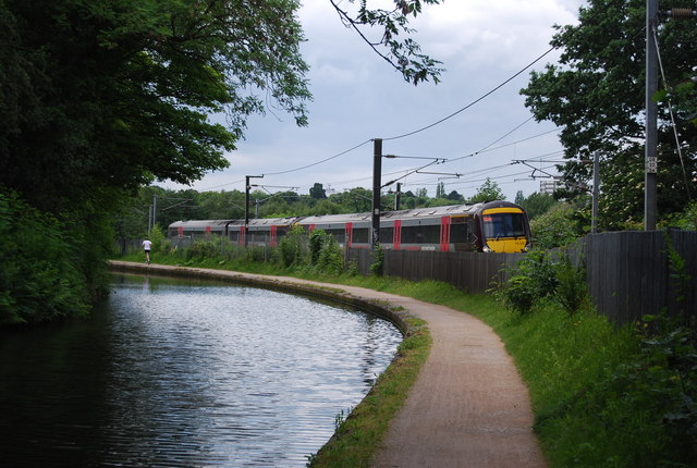 Train by the Worcester and Birmingham Canal