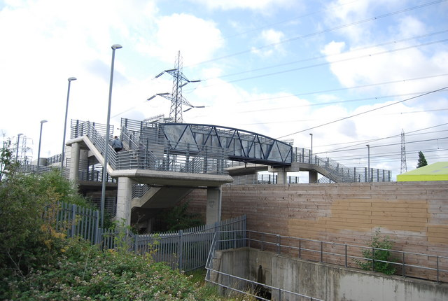 Footbridge over the Channel Tunnel Rail Link, Rainham