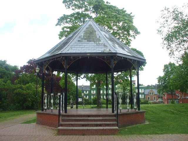 Temple Gardens bandstand