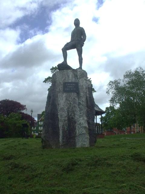 Robert Jones statue