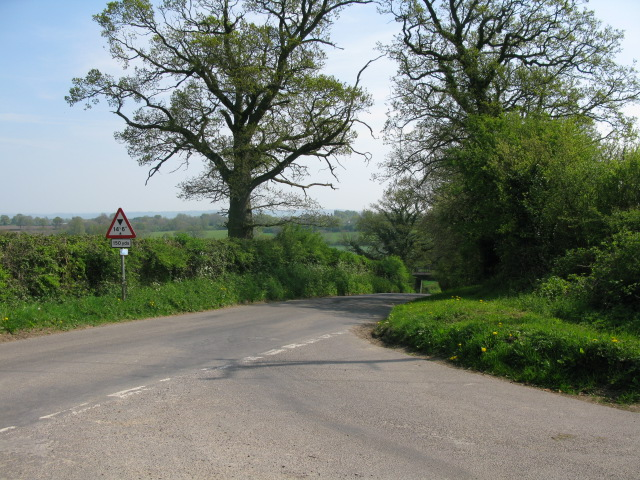 Junction on Grange Lane to Startley