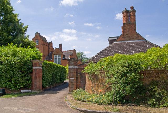 Walsingham, Manor Park