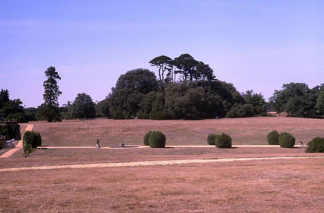 Grounds of Osborne House (2)