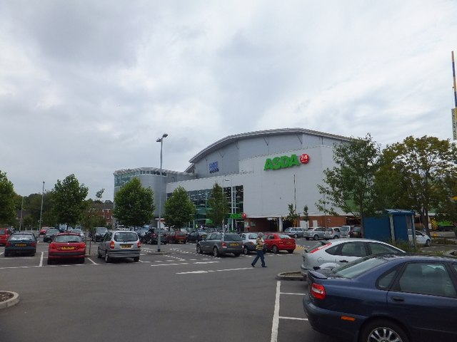 Asda superstore, Andover © David Smith :: Geograph Britain