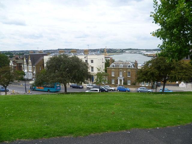 Viewpoint in Victoria gardens, Chatham © Marathon :: Geograph ...