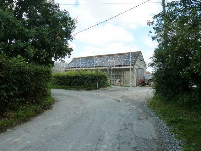 Solar panel installation at Lodge Farm