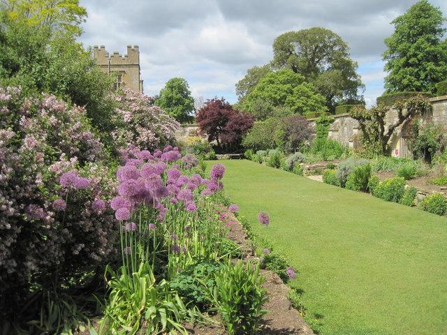 File Sudeley Castle Secret Garden 15 Gorgeous Garden Gates Style Estate Sudeley Castle The
