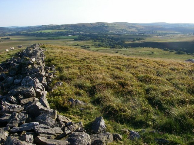 Wall above Dorwen