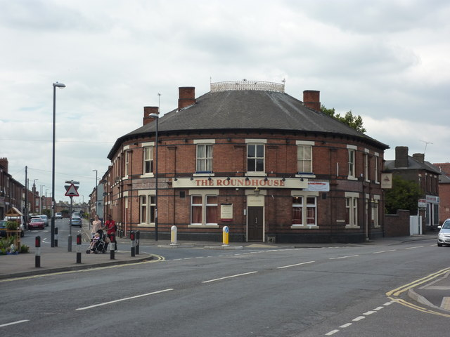 The Roundhouse A Pub On London Road 169 Peter Barr