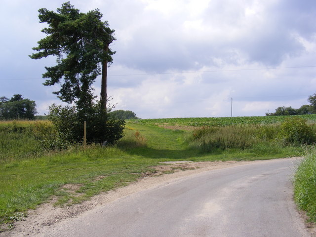 Low Road & the footpath to Hasketon Road & Mill Lane
