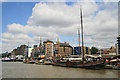 TQ3480 : River Thames approaching Tower Bridge by Chris Allen