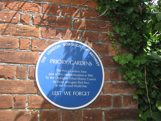 Blue Plaque on Priory Gardens Gate