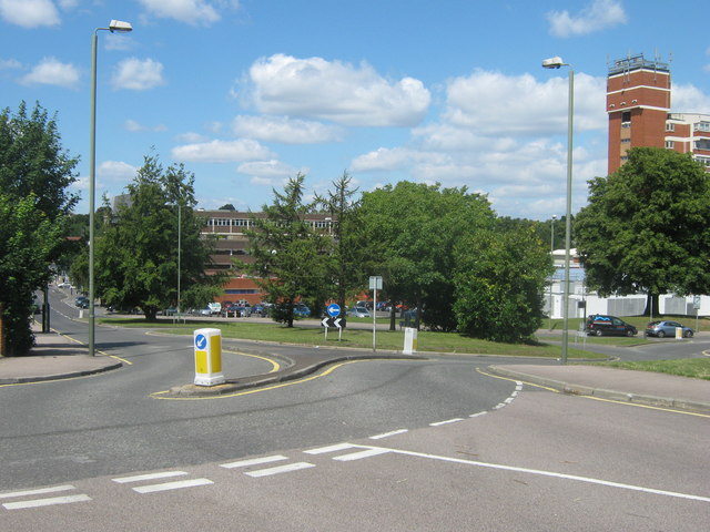 Roundabout on Homefield Rise