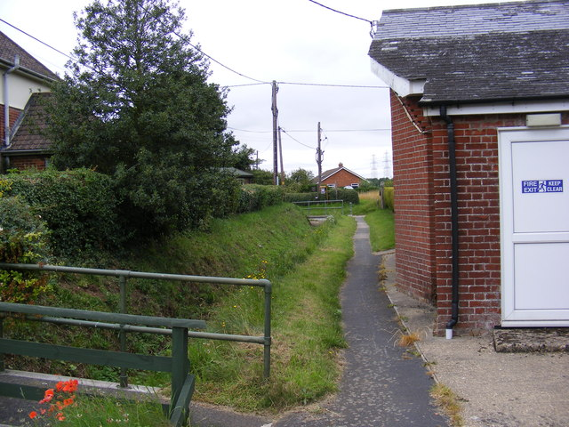 Church Path footpath to Grove Road