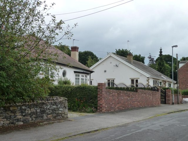 Bungalows on Low Moor Lane