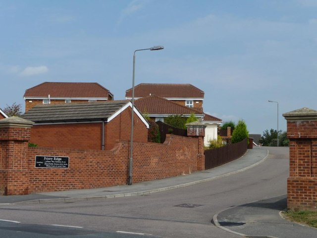 Entrance to the Priory Ridge development