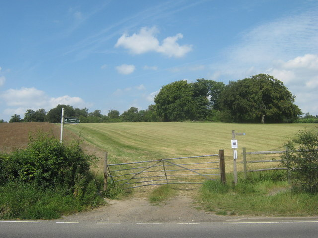 Footpath junction on Shire Lane