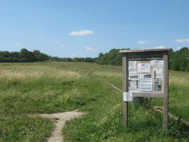 Information Board about Darrick and Newstead Woods