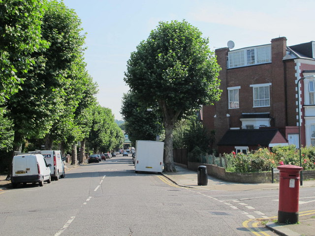 Christchurch Avenue /  Mowbray Road, NW6