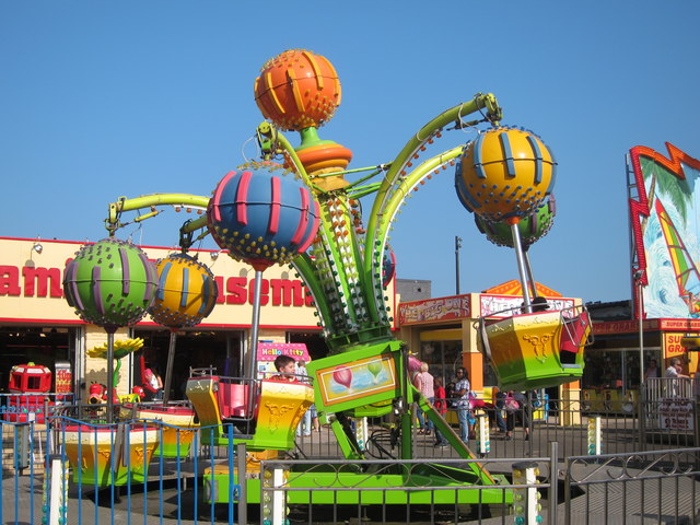 Children's ride at Stade Family Fun Park