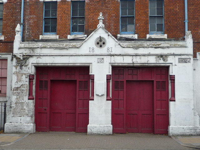 Former Fire Station, Norwood High Street - doors