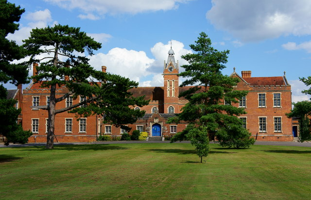 Carew Manor, Beddington