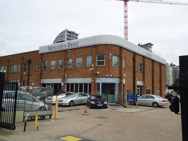 Mercedes-Benz Chelsea Service Centre, Jews Row, Wandsworth