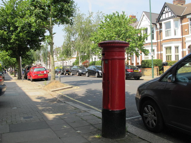 Harvist Road, NW6 (3)