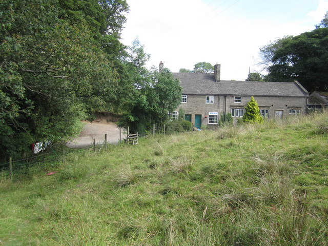 Cottages near Aspenshaw Hall