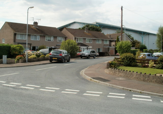 Western arm of Traston Avenue, Newport