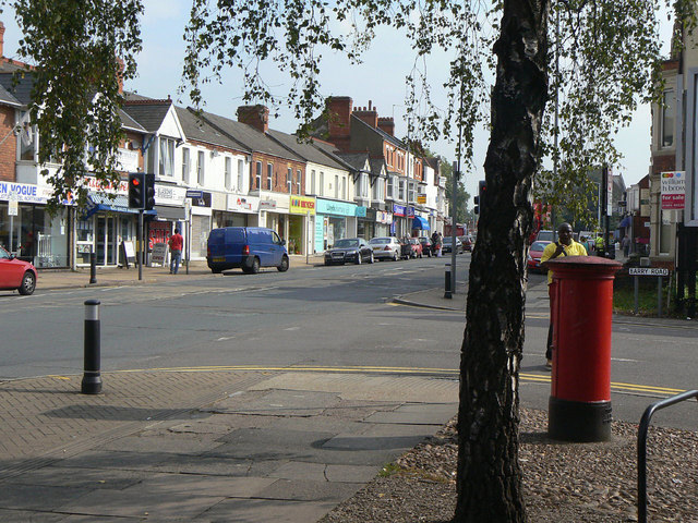 Barry Road, Northampton postbox (ref. NN1 567)