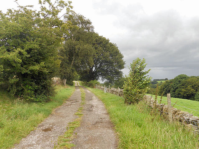 Farm track near Oldfield
