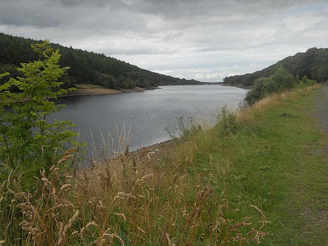 Fernilee Reservoir on a cloudy day